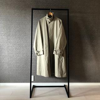 コモリ(COMOLI)の[URU]SINGLE RAGLAN COAT 一枚袖 3(ステンカラーコート)