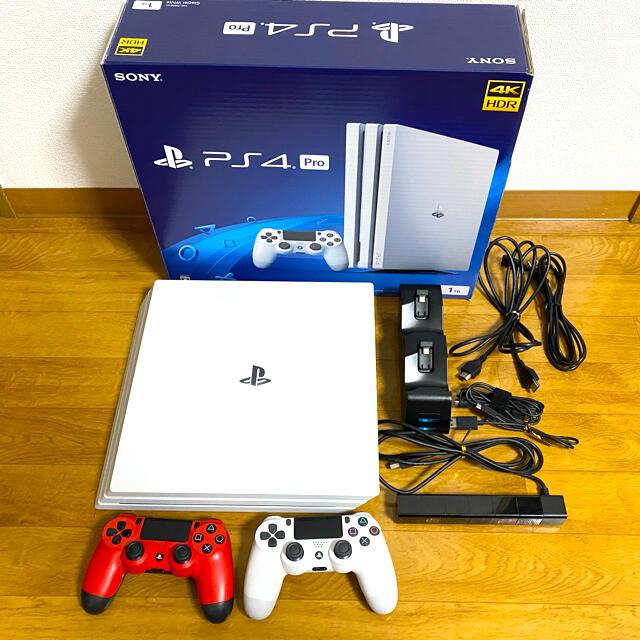 PlayStation4(プレイステーション4)のSONY PlayStation4 Pro 本体 CUH-7200BB02 エンタメ/ホビーのゲームソフト/ゲーム機本体(家庭用ゲーム機本体)の商品写真