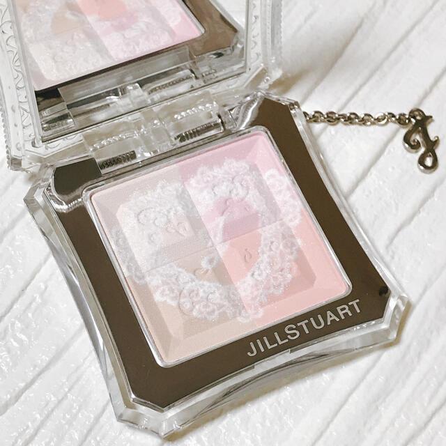 JILLSTUART(ジルスチュアート)の新品 ジルスチュアート ミックスフェイスパウダーコンパクト 102 コスメ/美容のベースメイク/化粧品(フェイスパウダー)の商品写真