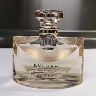 BVLGARI - 《ブルガリ》 ローズ エッセンシャル  オードトワレ  50ml   ポーチ付き
