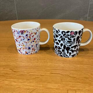 イッタラ(iittala)の日本未発売 イッタラ オイバ・トイッカ マグカップ 2個セット(食器)