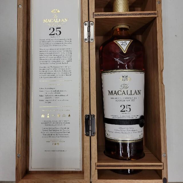 サントリー(サントリー)のマッカラン25年 箱付き 700ミリ 2本  食品/飲料/酒の酒(ウイスキー)の商品写真
