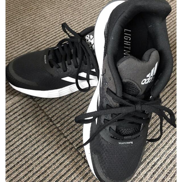 adidas(アディダス)のadidasスニーカー23.5cm レディースの靴/シューズ(スニーカー)の商品写真