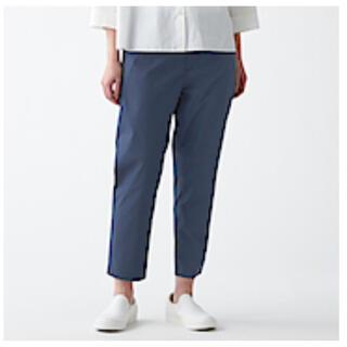 MUJI (無印良品) - 無印良品 ストレッチ高密度織りクロップドパンツ 婦人M・ネイビー