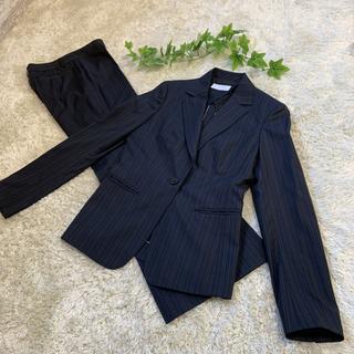 アイシービー(ICB)の美品 iCB セットアップスーツ シルク混 7号  濃紺 小さいサイズ(スーツ)