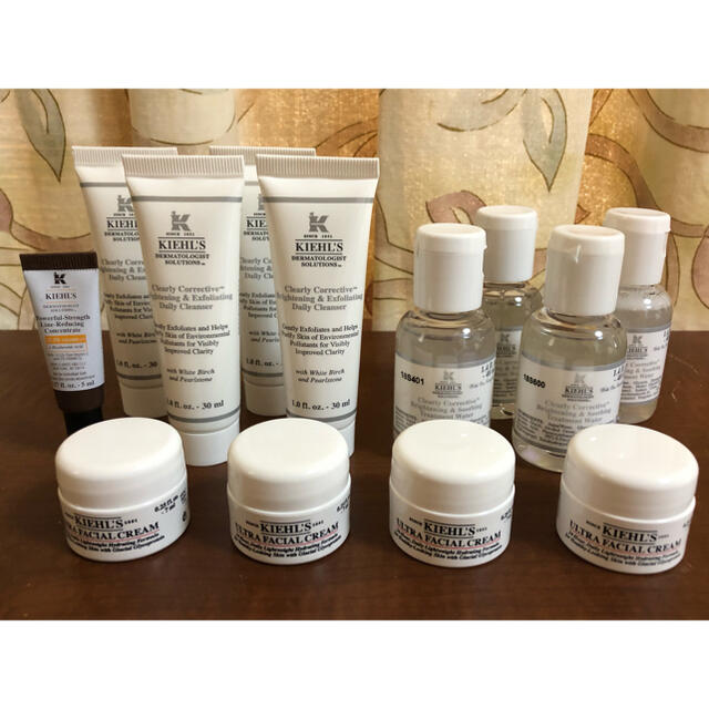 Kiehl's(キールズ)の【新品未使用】KIEL'SキールズDS クリーム 美容液 洗顔 試供品多数セット コスメ/美容のキット/セット(サンプル/トライアルキット)の商品写真