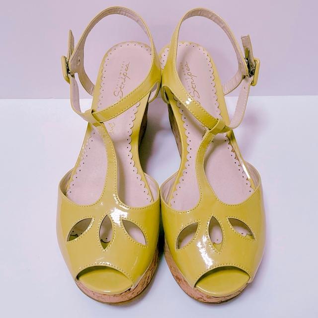 l'atelier du savon(アトリエドゥサボン)のDot&Stripes エナメルストラップ コルクサンダル 24.5cm レディースの靴/シューズ(サンダル)の商品写真