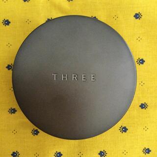 THREE - THREE アドバンスドエシリアル スムースオペレーター ルースパウダー 02