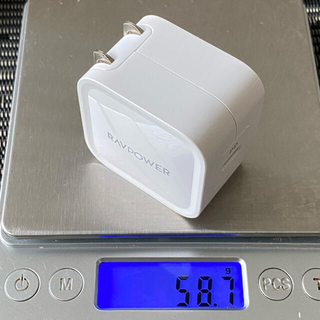 超軽量 USB-C PD 30W 充電器 RAVPOWER RP-PC120(バッテリー/充電器)