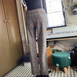 フェリシモ(FELISSIMO)のチェック秋色パンツ(カジュアルパンツ)