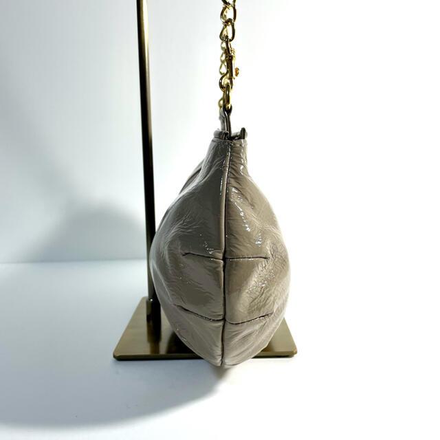 ATAO(アタオ)の美品☆ATAO アタオ チェーンショルダーバッグ ベージュ ゴールド金具 レディースのバッグ(ショルダーバッグ)の商品写真