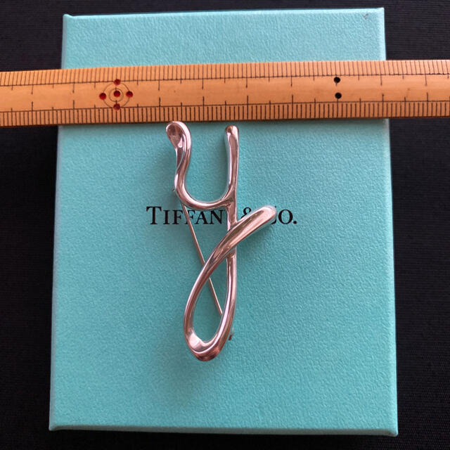Tiffany & Co.(ティファニー)のTiffany ティファニー ブローチ イニシャルy レディースのアクセサリー(ブローチ/コサージュ)の商品写真