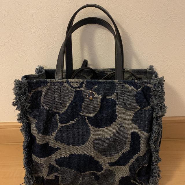 kate spade new york(ケイトスペードニューヨーク)のデニム ハンドバッグ トートバッグ レディースのバッグ(ハンドバッグ)の商品写真