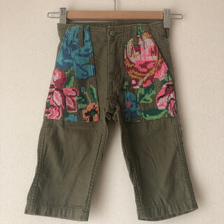 ゴートゥーハリウッド(GO TO HOLLYWOOD)のゴートゥーハリウッド刺繍パンツ100(パンツ/スパッツ)