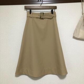 バナーバレット(Banner Barrett)のバナーバレット ベージュ ベルト付スカート(ひざ丈スカート)