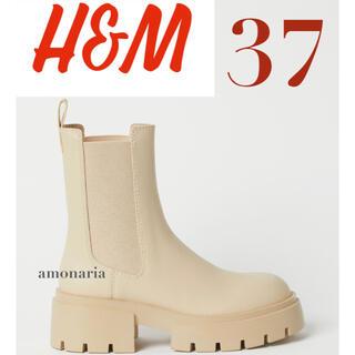 エイチアンドエム(H&M)の【新品/未着用】H&M プラットフォームチェルシーブーツ アンクルブーツ ブーツ(ブーツ)