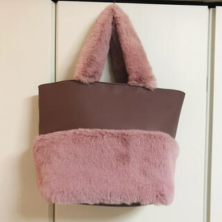 Chesty - ピンク ラビットファー バッグ