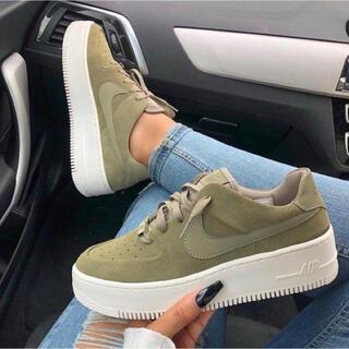 NIKE - Nike Air Force1 sage low