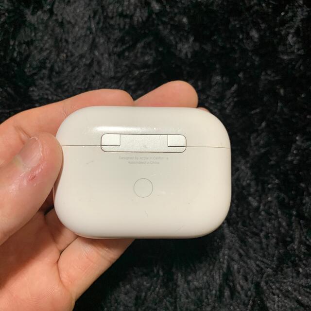 Apple(アップル)のAirPods Pro エアポッツプロ 片耳なし スマホ/家電/カメラのオーディオ機器(ヘッドフォン/イヤフォン)の商品写真