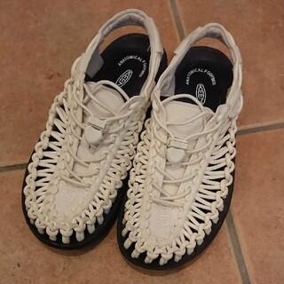 KEEN - KEEN  キーン アウトドア サンダル 靴 レディース ホワイト 23,5㎝