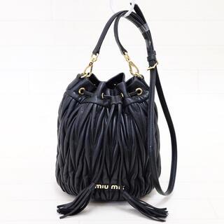 miumiu - ☆美品・白タグ付☆ミュウミュウ miumiu マテラッセ レザーバケットバッグ