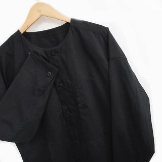 イッセイミヤケ(ISSEY MIYAKE)のイッセイミヤケ 132 5. ノーカラー シャツ 長袖 バンドカラー 黒 3(シャツ/ブラウス(長袖/七分))