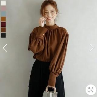 新品✨ボリューム袖ブラウス フリーサイズ