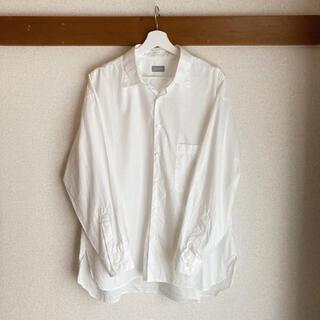 マッキントッシュフィロソフィー(MACKINTOSH PHILOSOPHY)のMACKINTOSH PHILOSOPHY MPstore 白シャツ(シャツ)