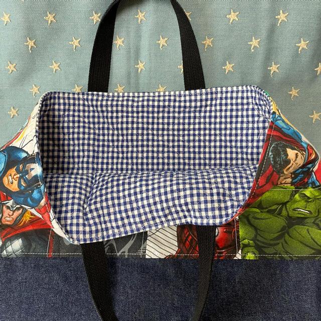レッスンバック☆アベンジャーズ☆ ハンドメイドのキッズ/ベビー(バッグ/レッスンバッグ)の商品写真