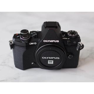 OLYMPUS - 【OLYMPUS】 OM-D E-M5 Mark II BLK ボディ