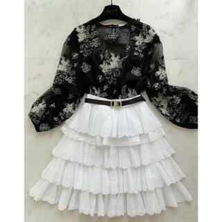 ヌメロヴェントゥーノ(N°21)のN°21 プリーツレース コットン スカート 未使用品(ひざ丈スカート)
