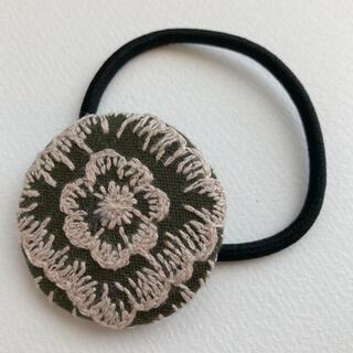 ミナペルホネン(mina perhonen)のミナペルホネン ヘアゴム handmade good  old カーキー(ヘアアクセサリー)