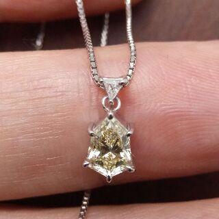 これ可愛い!シールドカットのダイヤです!Pt850ダイヤネックレス(ネックレス)