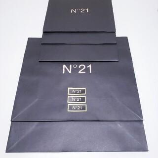 ヌメロヴェントゥーノ(N°21)の専用です。N˚21 ヌメロヴェントゥーノ ショップ袋 5枚+ステッカー3枚(ショップ袋)