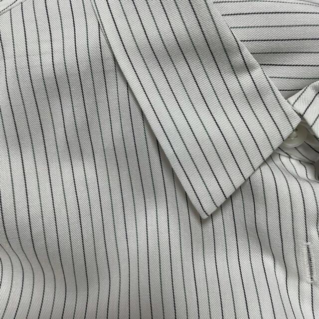 UNIQLO(ユニクロ)のタグ付き*レーヨンストライプブラウス レディースのトップス(シャツ/ブラウス(長袖/七分))の商品写真