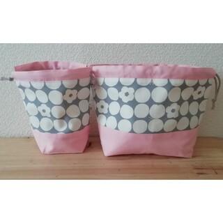 【25*水玉 お花xピンク】2点セット 巾着袋 コップ袋 お弁当袋(外出用品)