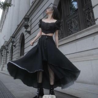 melt the lady メディーバルフレアスカート