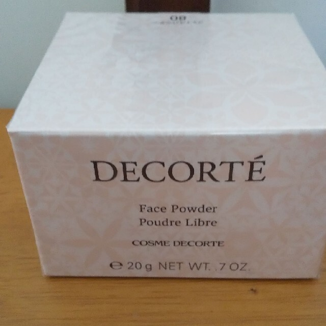 COSME DECORTE(コスメデコルテ)の新品未開封 コスメデコルテ フェイスパウダー #80 コスメ/美容のベースメイク/化粧品(フェイスパウダー)の商品写真