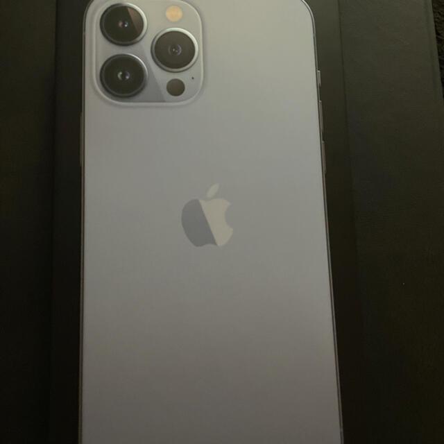 Apple(アップル)のiPhone13Pro MAX256GB スマホ/家電/カメラのスマートフォン/携帯電話(スマートフォン本体)の商品写真