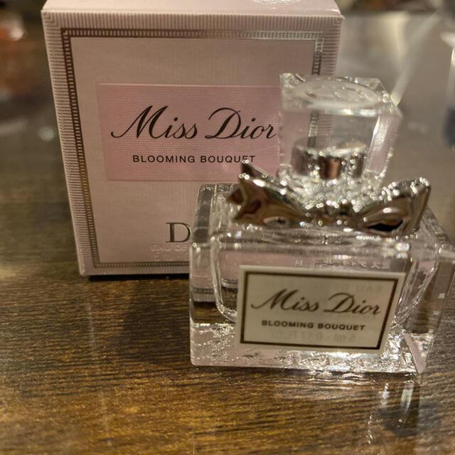 Dior(ディオール)のミスディオールブルーミングブーケ コスメ/美容の香水(香水(女性用))の商品写真