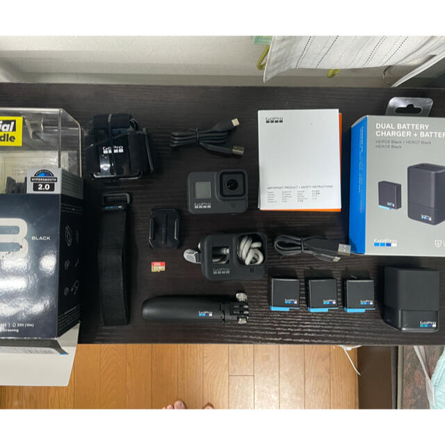 GoPro(ゴープロ)のGoPro HERO8 Black バッテリーパックセット スマホ/家電/カメラのカメラ(コンパクトデジタルカメラ)の商品写真