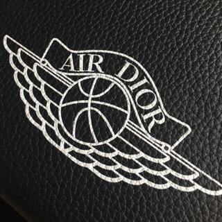 ディオール(Dior)の【Dior店頭限定】AIR DIOR エアジョーダンコラボ ショルダーバック(ショルダーバッグ)