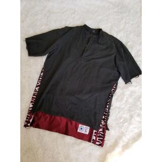 イサムカタヤマバックラッシュ(ISAMUKATAYAMA BACKLASH)のイサムカタヤマ バックラッシュ リメイク USEDスウェーデン軍シャツ(Tシャツ/カットソー(半袖/袖なし))