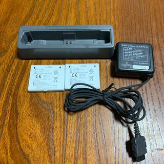 エヌティティドコモ(NTTdocomo)のNTT docomo   P-01Hのバッテリー 充電器 卓上アダプター(バッテリー/充電器)