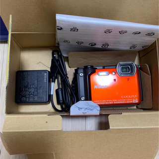 ニコン(Nikon)のNikon W300(コンパクトデジタルカメラ)