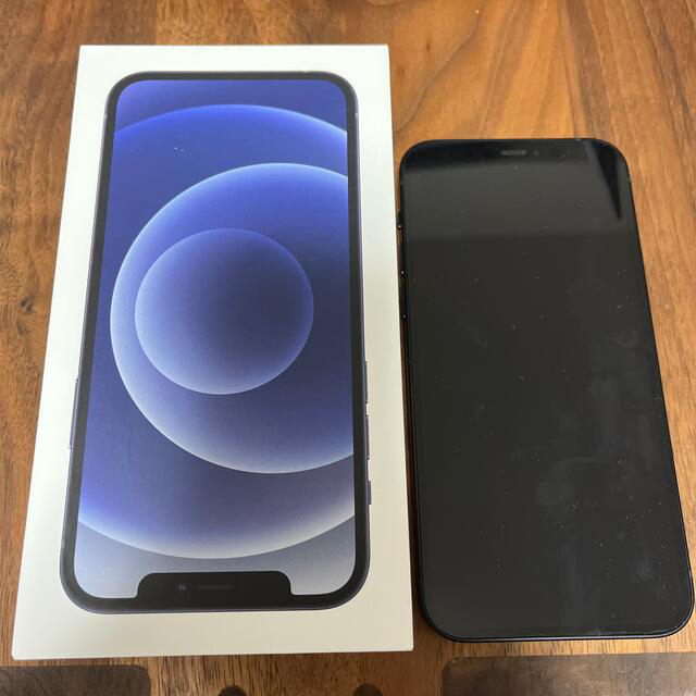 Apple(アップル)のiPhone12 128GB ブラック 電池100% アップルストア9月交換 スマホ/家電/カメラのスマートフォン/携帯電話(スマートフォン本体)の商品写真