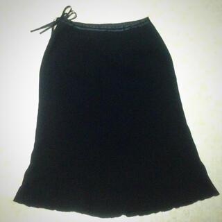 黒スカート膝下(ひざ丈スカート)