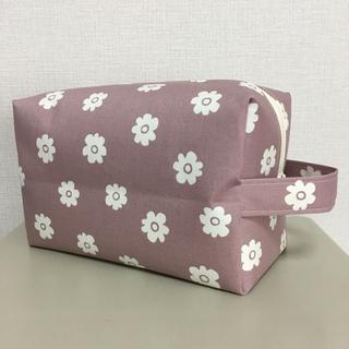 シンプル 小花 くすみラベンダー オムツポーチ お着替えポーチ ハンドメイド(外出用品)