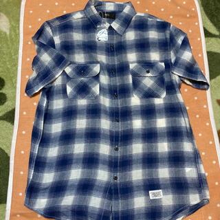 アズールバイマウジー(AZUL by moussy)の未使用 AZUL 半袖チェックシャツ(シャツ)