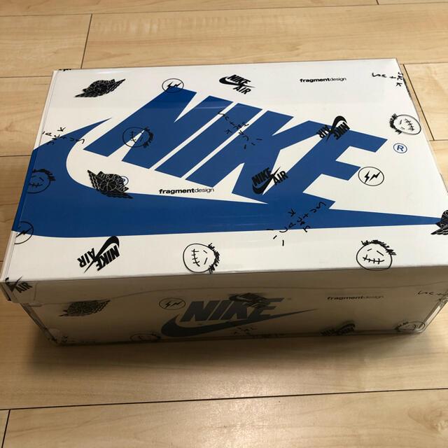 NIKE(ナイキ)のNIKE AIR JORDAN 1 LOW fragment travis 29 メンズの靴/シューズ(スニーカー)の商品写真